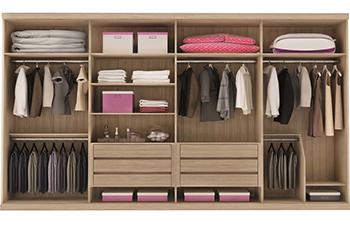 4 Dicas para organizar roupas e ter mais espaço no armário